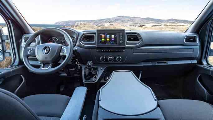 renault-master-new-interior
